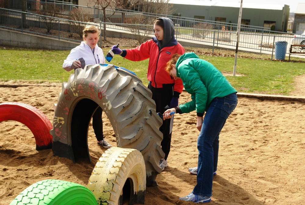 Students working on a volunteer project as part of the Big Event