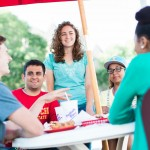 Students-Dining-Outside