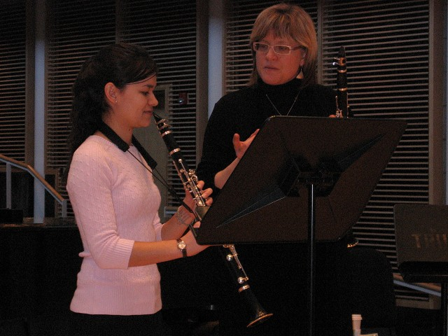 Master class with guest clarinetist Diana Haskell from the St. Louis Symphony
