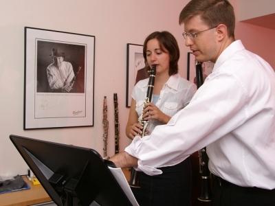 Senior Dana Mottet in a clarinet lesson