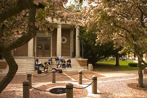 The entrance to Kirk Memorial looks out over the campus Quad providing a scenic place to study.
