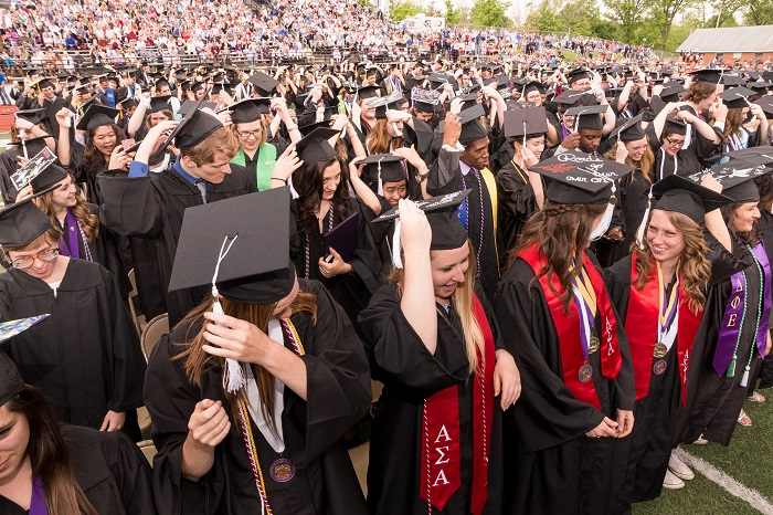 Spring 2015 Commencement - Turning tassels