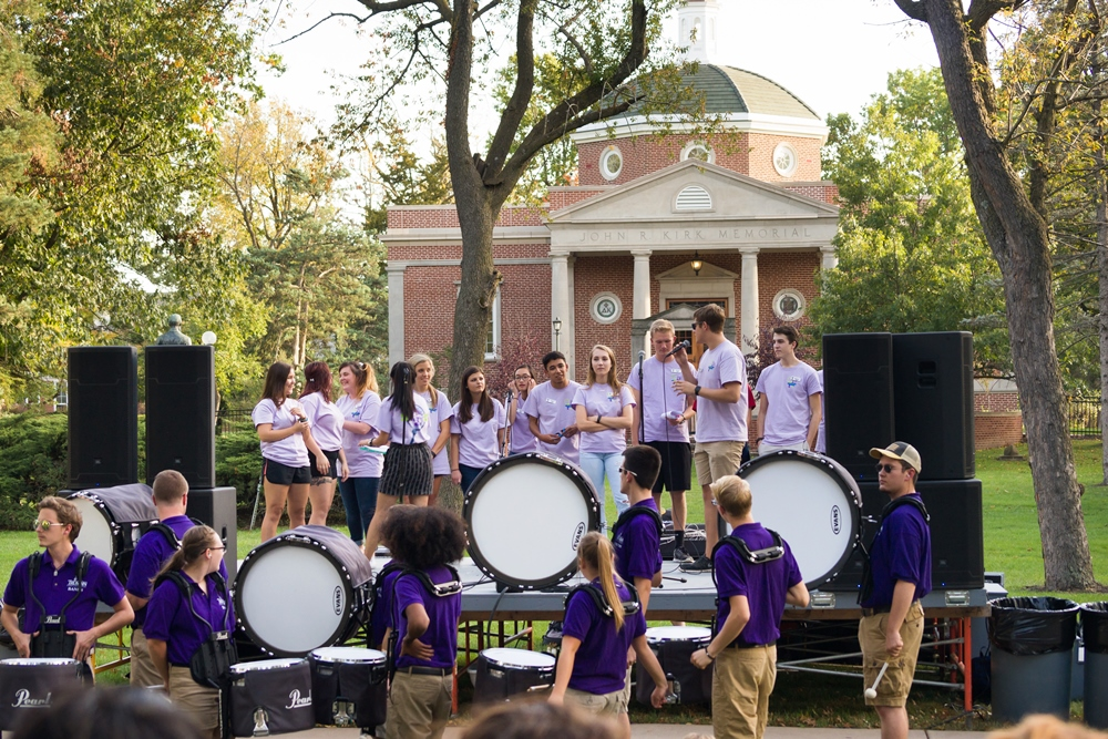 Homecoming rally on the Quad