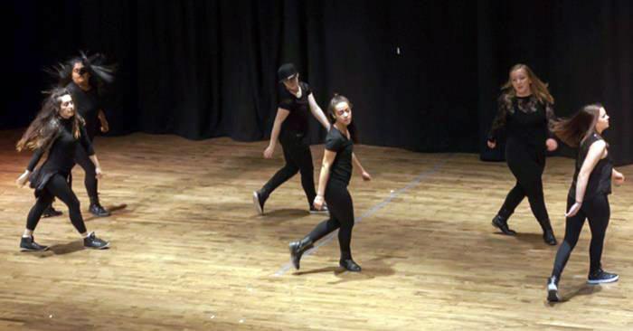 Illusions Danz Team
