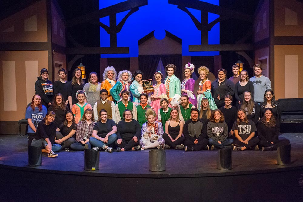 She Stoops to Conquer - Cast and Crew