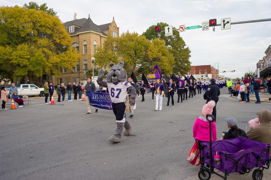 Bulldog Mascot in Homecoming Parade